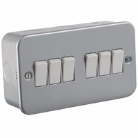 KnightsBridge 10A 6G 2 Way 230V Metal Clad Electric Wall Plate Switch