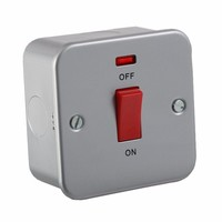 KnightsBridge 45A 1G DP 230V Metal Clad Switch With Neon