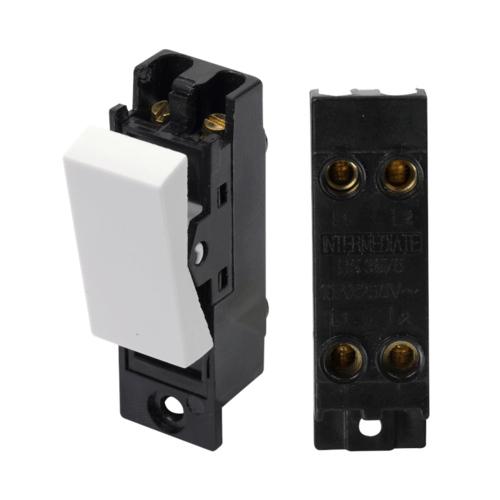 KnightsBridge 10A White 1G 230V Electric Intermediate Switch Module  - Click to view a larger image