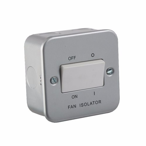 KnightsBridge 10A 1G Triple Pole 230V Metal Clad Fan Isolator Switch KnightsBridge Metal Clad Triple Pole 10A Fan Isolator Switch  - Click to view a larger image