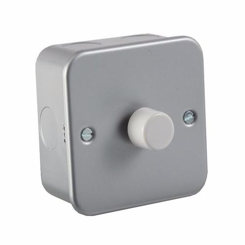 KnightsBridge 60-400W 1G 2 Way 230V Metal Clad Electric Dimmer Wall Switch KnightsBridge Metal Clad 2 Way 1 Gang 60 - 400W Dimmer Switch - Click to view a larger image