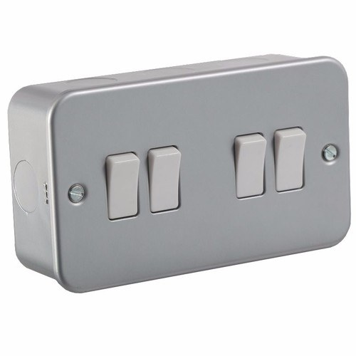 KnightsBridge 10A 4G 2 Way 230V Metal Clad Electric Wall Plate Switch KnightsBridge Metal Clad 10A 2 Way 4 Gang Switch - Click to view a larger image