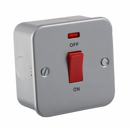 KnightsBridge 45A 1G DP 230V Metal Clad Switch With Neon 45 Amp 1 Gang Double Pole Switch with Neon - Click to view a larger image