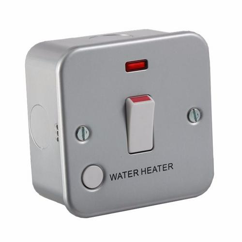 KnightsBridge 20A 1G Double Pole 230V Metal Clad Water Heater Switch With Neon KnightsBridge Metal Clad 20A Double Pole Water Heater Switch w/ Flex Outlet & Neon - Click to view a larger image