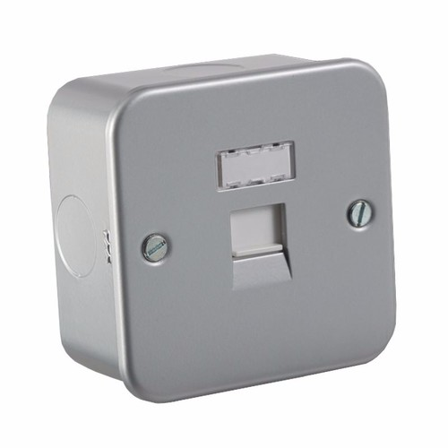 KnightsBridge Metal Clad RJ45 Cat5e Network Outlet Wall Socket KnightsBridge Metal Clad 1 Gang RJ45 CAT5e Socket - Click to view a larger image