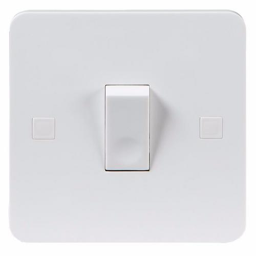 KnightsBridge Pure 4mm 10A White 1G 230V Electric Wall Plate Intermediate Switch KnightsBridge PURE 10A 1G intermediate Switch With Concave Rocker - Click to view a larger image