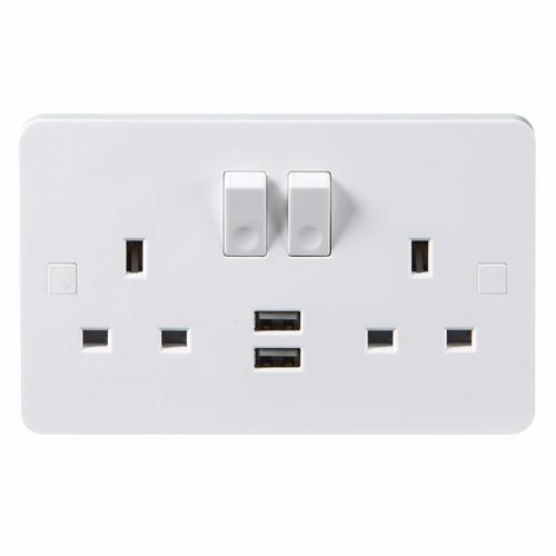 KnightsBridge Pure 9mm 13A White 2G 230V UK 3 Switched Electric Wall Socket & 2 USB Charger Port KnightsBridge PURE 2G 9mm UK Power Socket With USB & Concave Switch Detail