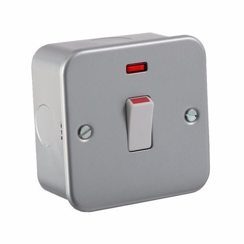 KnightsBridge 20A Metal Clad 1G Double Pole 230V Electric Wall Plate Switch With Neon KnightsBridge 20A 1G Double Pole 230V Metal Clad Appliance Switch With Neon  - Click to view a larger image