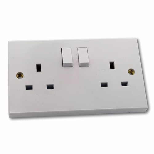 ESR 2G 13A White 230V UK 3 Pin Switched Electric Wall Socket  - Click to view a larger image
